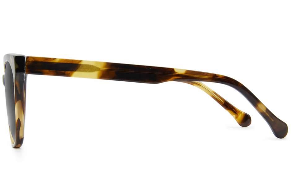 Kelvin sunglasses in whiskey tortoise viewed from side
