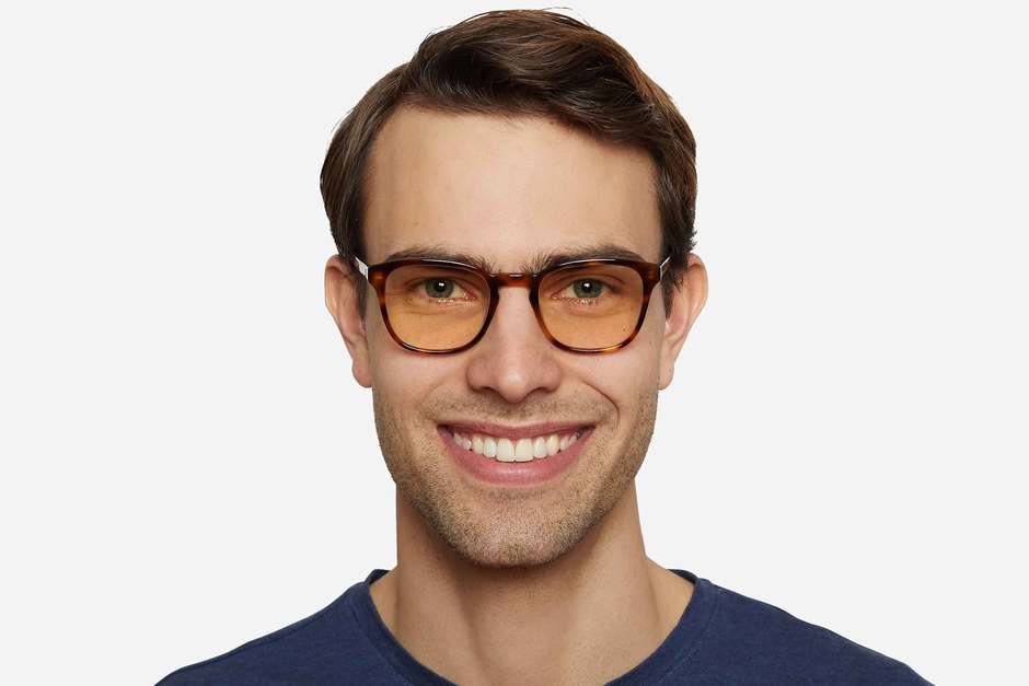 Tole sleepglasses in sazerac on male model viewed from front