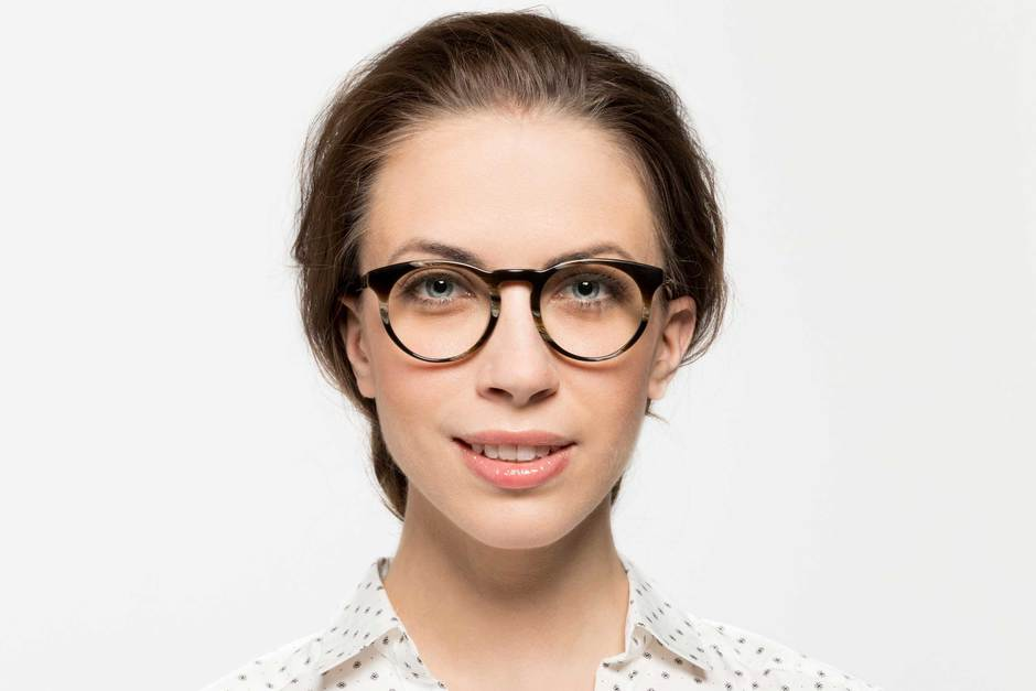 Turing eyeglasses in horn on female model viewed from front